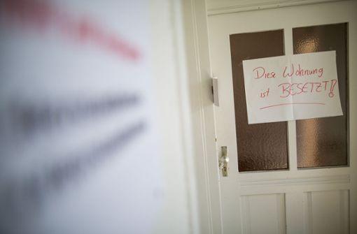 Seit dem vergangenen Wochenende gibt es in Heslach Hausbesetzer. Sie machen mit ihrer Aktion auf die Wohnungsnot in der Stadt aufmerksam. Foto: Lichtgut/Christoph Schmidt