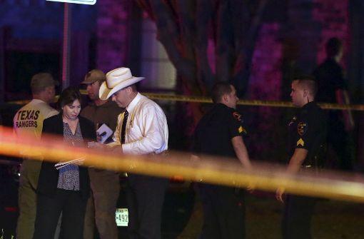 Mann erschießt sieben Menschen bei Football-Abend