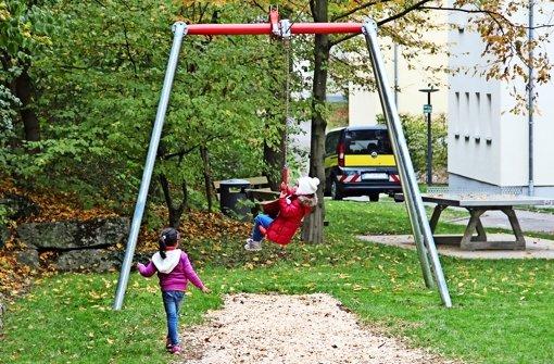 Die Kinder sind vom neuen Spielplatz begeistert