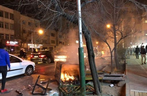 Tote bei regimekritischen Protesten - Krisensitzung geplant