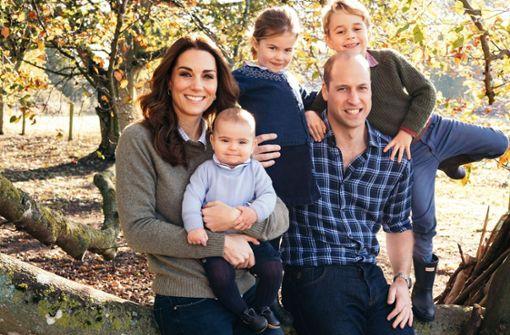 Neues Familien-Foto lüftet süße Neuigkeiten