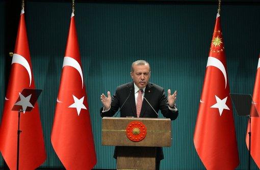 Erdogan verhängt einen dreimonatigen Ausnahmezustand. Foto: AP