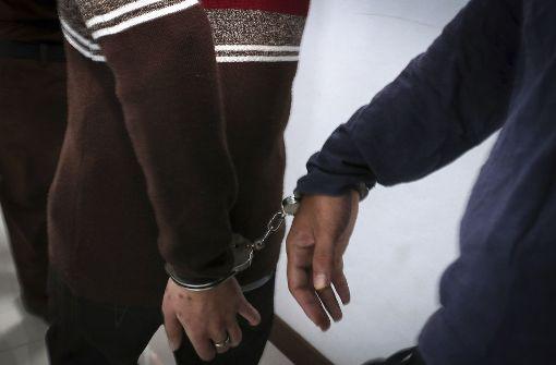 141 Festnahmen bei Razzia in Schwulen-Sauna