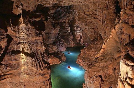 Soll zur Schauhöhle für Touristen werden: Der Mörikedom in der Blauhöhle Foto: Andreas Kücha/Arge Blautopf