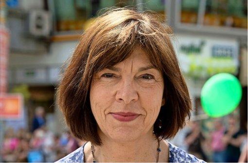 Grünen-Fraktionschefin Rebecca Harms kritisiert Merkels Schlingerkurs bei der Kür eines neuen Kommissionspräsidenten. Foto: dpa