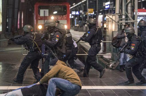 Anti-Terror-Übungen in Hauptbahnhöfen hat es in den vergangenen Monaten bereits gegeben – wie hier in Frankfurt. Foto: dpa
