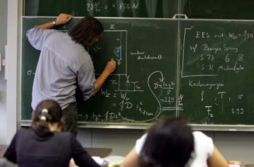 Grün-Rot will bei Lehrern sparen