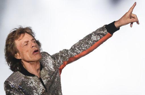 Liebt effektvolle Oberbekleidung: der britische Sänger Mick Jagger von den Rolling Stones. Foto: AP