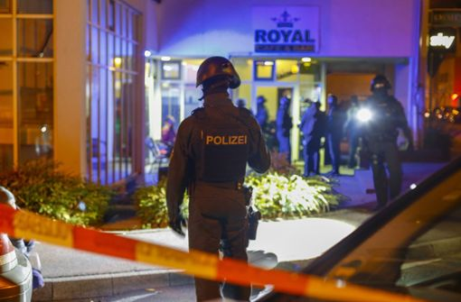 Polizei hebt Drogen-Kneipe aus