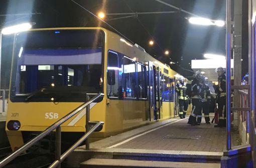 Verkehrschaos nach Fahrzeugschaden einer Stadtbahn