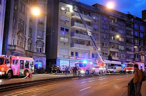 Ein Verletzer bei Wohnungsbrand