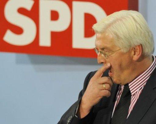 Die SPD stürzt tief, aber  Steinmeier strahlt