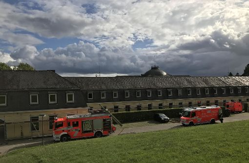 Einsatz am Schloss: Die Feuerwehr rückte am Dienstag nach Hohenheim aus. Foto: 7aktuell/Alexander Hald