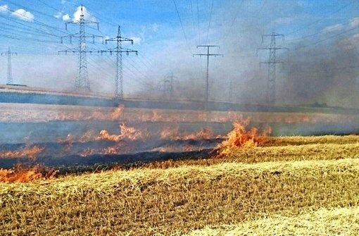 Elf Menschen bei Brand verletzt
