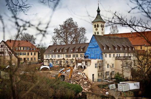 Der Baggerzahn nagt am  Kloster Denkendorf