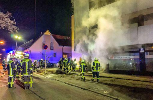 Großeinsatz bei Gebäudebrand in Kirchheim