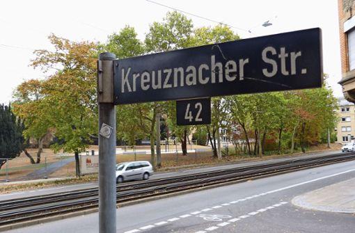 Neuer Z-Überweg an der Kreuznacher Straße