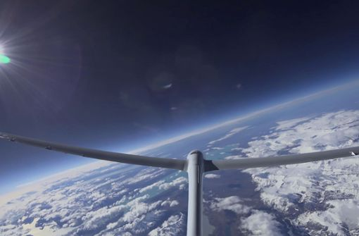 Segelflugzeug fliegt so hoch wie nie