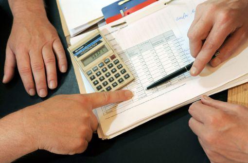 Der Weg zur Schuldnerberatung ist für viele Bürger, die ihre Schulden nicht mehr bezahlen können, unausweichlich und eine wichtige Hilfe. Foto: dpa