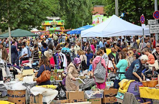 Auch in diesem Jahr gibt es beim Fleckenfest wieder einen Flohmarkt. Foto: Archiv Martin Braun