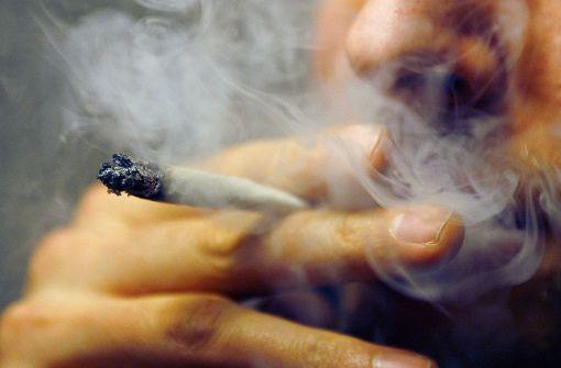 63 Kilo Marihuana bei Dealern gefunden