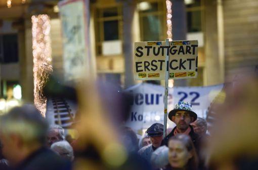 Protest gegen Mobilfunk, Diesel und Tiefbahnhof