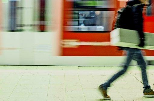Nichts wie raus aus dem Bahnhof: Auch Fluchtwege müssen gut geplant sein Foto: Lichtgut/Leif Piechowski