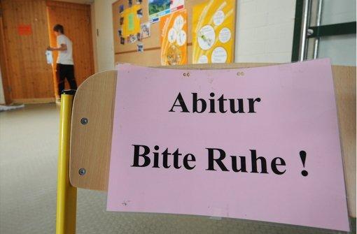 An einem Gymnasium in Weikersheim wurden die korrigierten Abiturprüfungen gestohlen. Foto: dpa