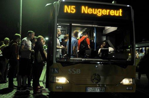 Wie fahren Bus und S-Bahn in Stuttgart?