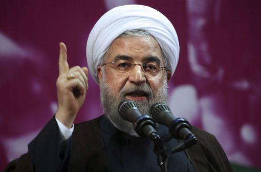 Präsident Ruhani erlaubt Frauen den Stadionbesuch