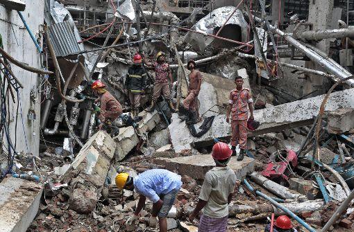 Bei der Explosion eines Heizkessels in einer Textilfabrik in Bangladesch sind laut einer abschließenden Bilanz mehrere Menschen ums Leben gekommen. Foto: AP