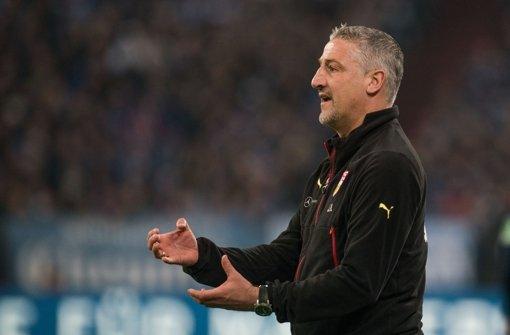 VfB-Trainer Jürgen Kramny Foto: dpa