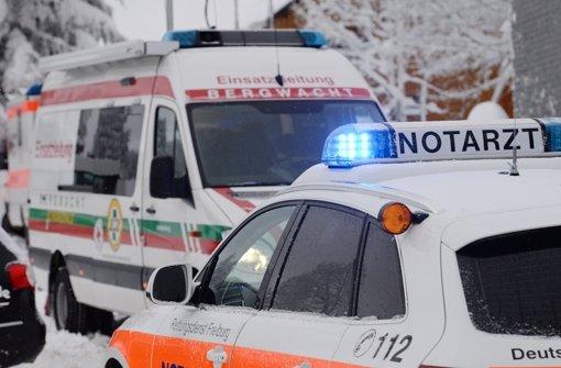 Zwei Skifahrer sind auf dem Feldberg zusammengestoßen, sie überlebten den Unfall nicht. Einer der Männer kam aus dem Großraum Stuttgart. (Symbolbild) Foto: dpa