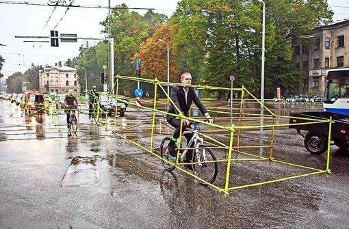 So viel Platz würde ein Rad brauchen, wenn's ein Auto wär'. Foto: Let's bike it