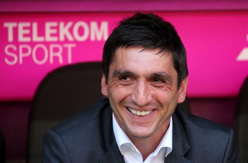 Vertrag Verlängert Vfb Stuttgart Setzt Auf Tayfun Korkut Vfb