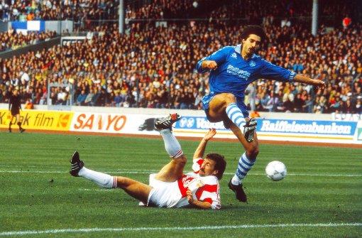 Lang ist's her: 1991/92 begegneten sich VfB (mit Fritz Walter) und Kickers (mit Alois Schwartz) zuletzt in der Bundesliga. Foto: Baumann