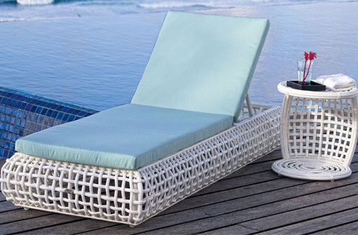 oster gewinnspiel die sonnenliege ist verlost ostern. Black Bedroom Furniture Sets. Home Design Ideas
