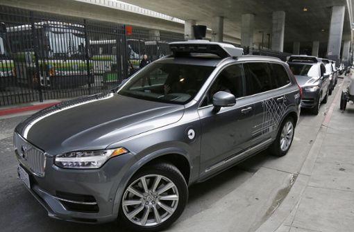 Frau stirbt nach Unfall mit selbstfahrendem Uber-Auto