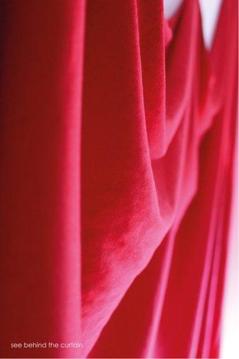 Die Trauer um ihren verstorbenen Vater begleitet die 18-jährige Anne ständig, auch wenn sie wie hinter einem Vorhang verborgen ist. Foto: privat