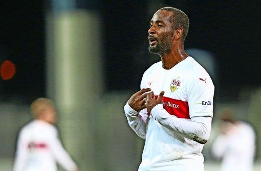 Kickers ohne Sattelmaier, VfB mit Cacau