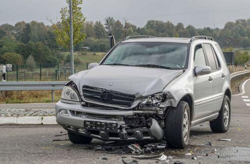 Beteiligt waren ein Mercedes und ein Audi. Foto: SDMG