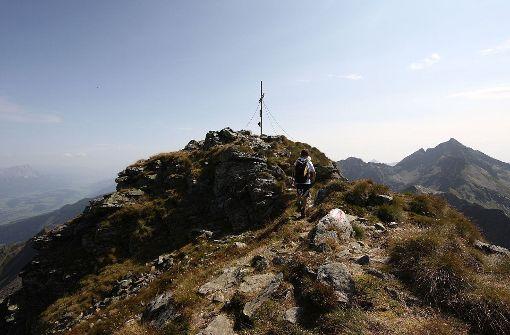 Großvater und Enkel stürzen bei Bergtour in den Tod