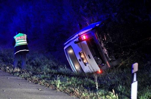 Geisterfahrer stirbt, Frauen verletzt
