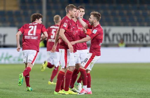 Diesen drei VfB-Profis droht eine Sperre