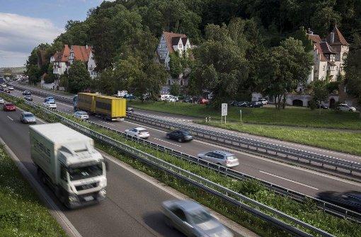 Die Villen sind vom Verkehr zu sehr bedrängt