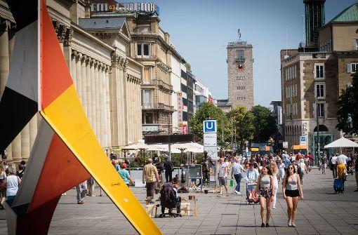 Der Handel an der Königstraße ist derzeit starkem Wandel unterworfen. Foto: Lichtgut/Achim Zweygarth