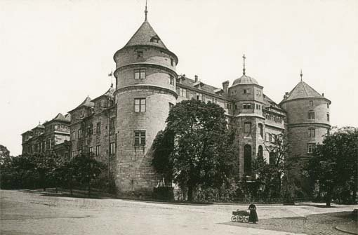 Stuttgart, wie es früher war: Im zweiten Teil unserer Fotostrecke präsentieren wir Ihnen weitere historische Aufnahmen der Schwabenmetropole: Das a href=/thema/Altes_SchlossAlte Schloss/a im Jahr 1892. Zum ... Foto: Camilla Rapp