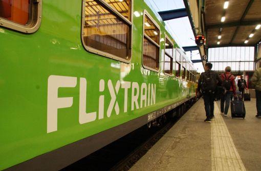 Die grünen Züge von Flixtrain sollen der DB Konkurrenz machen. Foto: Andreas Rosar Fotoagentur-Stuttgart