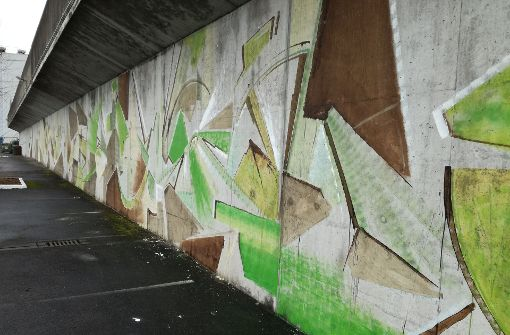 80 Meter langes Graffito angezeigt