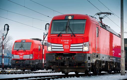 Moderne E-Loks vom Typ Siemens Vectron DC im Einsatz in Polen  Foto: Deutsche Bahn AG